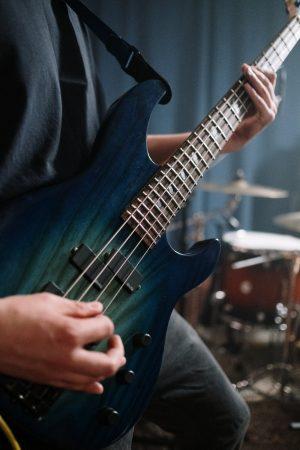 Bass Gitarren